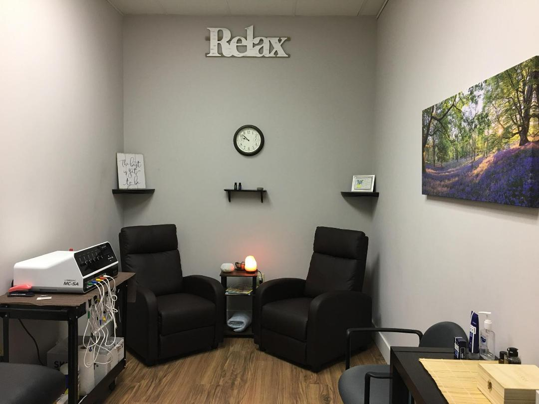 Calmare Pain Solutions Relaxing Room